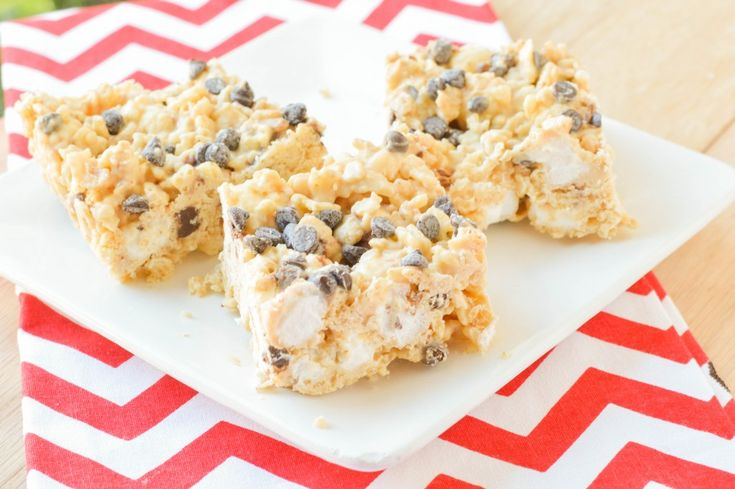 Avalanche Bars {Macaroni and Cheesecake}