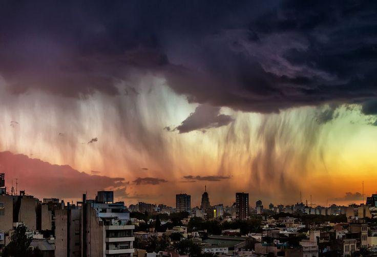 Showers faint Photo by Manuel Savariz Santos -- National Geographic Your Shot