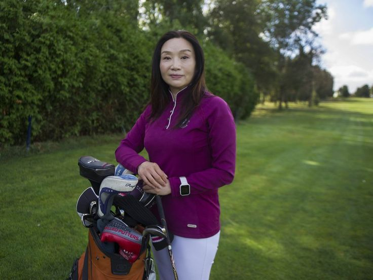Chinese investors discover sleepy Point Roberts, Washington, on BC border In July this year, Coco Luo, a Canadian permanent resident living in Richmond for the last three years, but originally from Hunan Province, bought the 18-hole Point Roberts Golf and Country Club for US$4.5 million with two partners, all of them real ...and more» http://readr.me/i7dr5