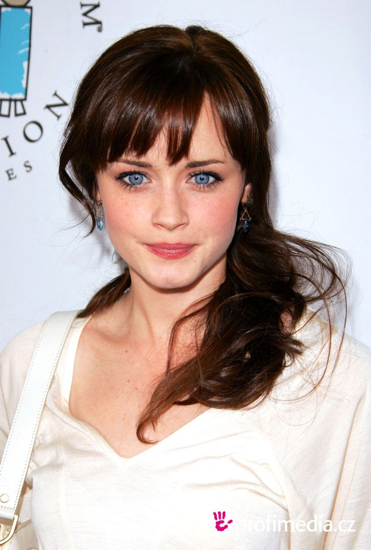 alexis bledel - Love these bangs
