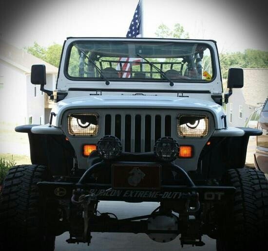 cool jeep things that go pinterest cool jeeps eyes and set of. Black Bedroom Furniture Sets. Home Design Ideas