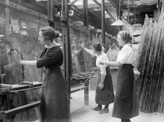 St. Helens, Pilkingtion Glass ? Female workers lift and examine glass plates in…