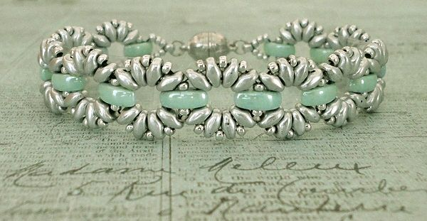 Linda's Crafty Inspirations: Bracelet of the Day: Claudia - Mint & Silver