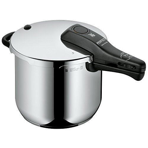 WMF Perfect Pressure cooker 6,5l without insert � 22cm Made in Germany internal scaling Cromargan stainless steel suitable for induction