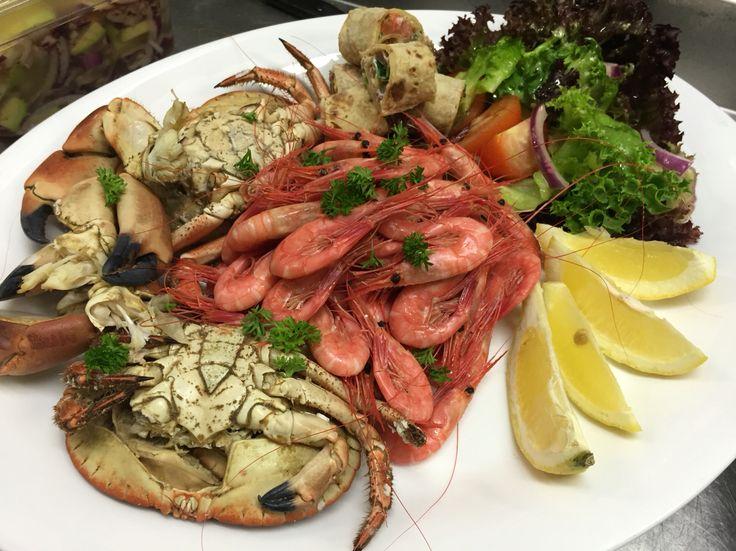 Skalldyrtallerken på Marina restaurant, ligger i Mandal på sørlandet. Der har jeg sommerjobb, som kjøkkenhjep. Besøk oss !