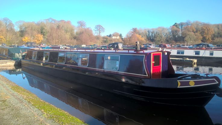 Peggotty - Blackwater Meadow Marina. A 55ft 1992 Ward & Boston 4 berth cruiser stern narrowboat. Visit www.abcboatsales.com for more information.