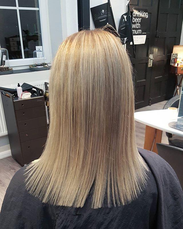 #haircolor #haircolorist #pastell #pastellhair #nofilter #instagood #instadaily #picoftheday #salonkomplizen #friseur #tübingen #reutlingen #stuttgart #hairdresser #longhair #blonded #blondhair #hair #haircolor #haircut #hairstylist #hairstylists #lovemyjob #davines #haircoloring  @davinesdeutschland @salonkomplizen