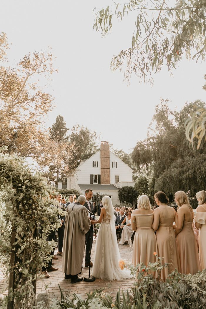 Elegant Laid Back Mccormick Home Ranch Wedding With Pops Of Blush And Diy Touches Junebug Weddings Ranch Wedding Junebug Weddings Wedding Photography Inspiration