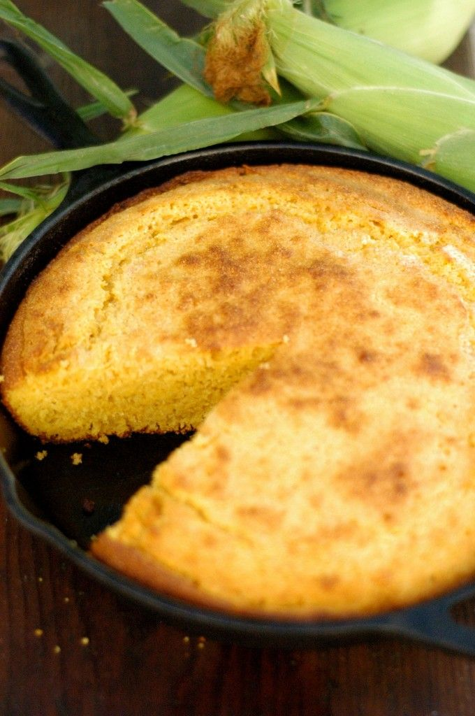 Skillet cornbread | Food and such | Pinterest