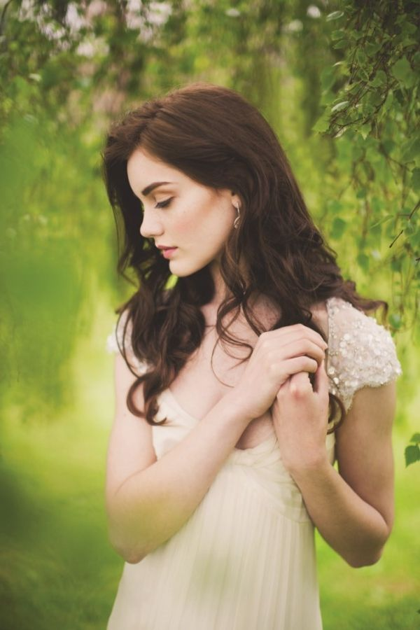 Autumn bridal shoot at Ballymagarvey Village | Confetti