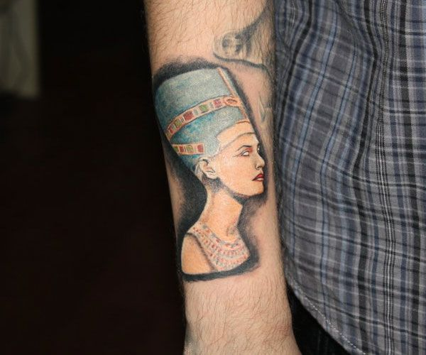 Nefertiti Sketch | nefertiti tattoo 20 Majestic Pharaoh Tattoo Designs