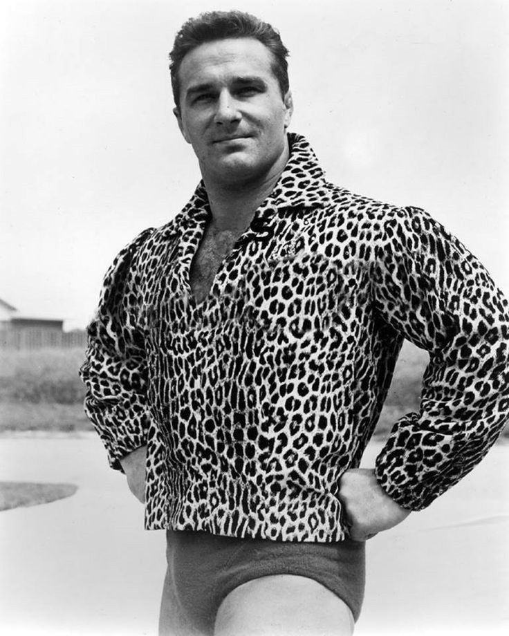 Nanette just loves a man who can carry off an animal print.
