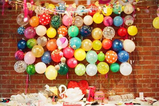 A balloon backdrop - nice!: Bash Please, Idea, Balloon Backdrops, Balloon Decor Ilov, Balloon Handmade, Balloon Wall, Couple Shower, Balloon Decorationilov, Parties Decor