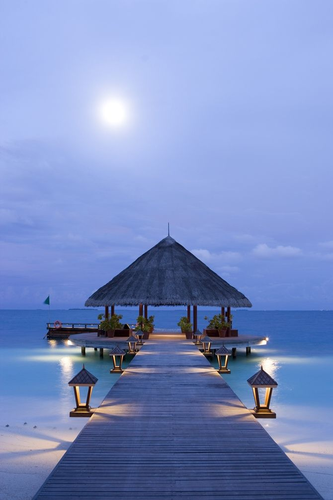 Angsana Ihuru | Maldives | places to #getlucky || curated for your pleasure by your friends at luckybloke.com