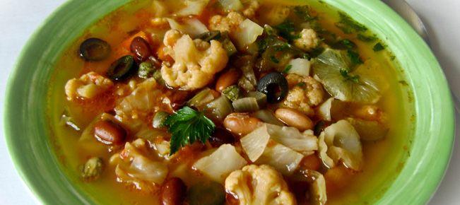 Солянка овощная (суп) ========================= Удовольствие для постников - вкусный суп овощная солянка. Наесться реально :-)