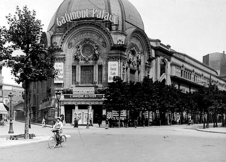 Le Gaumont Palace  1, rue Caulaincourt (Place de Clichy) Paris 75018. Né Hippodrome de Paris en 1900, il devient cinéma en 1910.  Détruit en 1973.