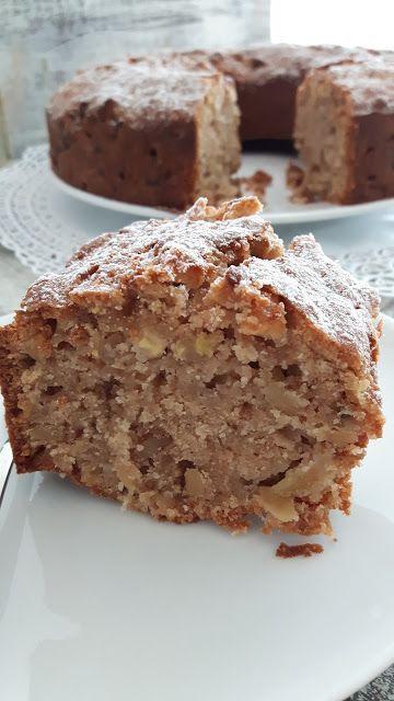 saftiger Rührkuchen mit Apfel und Walnuss, Apfel-Walnuss-Kuchen, Apfelkuchen Rezept, saftiger Apfelkuchen mit Walnuss