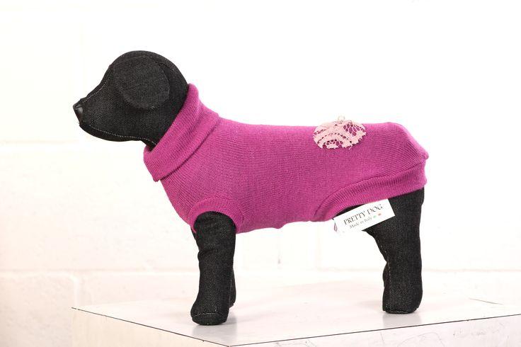 http://regalidacani.it/categoria-prodotto/regali-da-cani/abbigliamento/taglia-piccola/page/2/ #cappottino #cani #dog  #Winterpurple #PrettyDog #Regalidacani