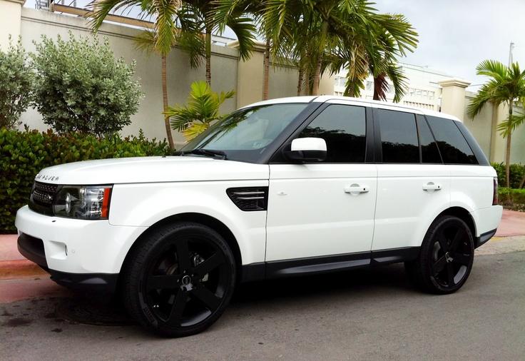 White Range Rover.......fucking yes. with those rims <3