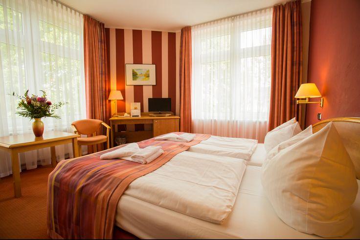 21 best AKZENT Hotel Residenz***S images on Pinterest Hotels - wandgestaltung mit drei farben