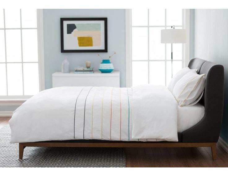 MACKAY queen bed