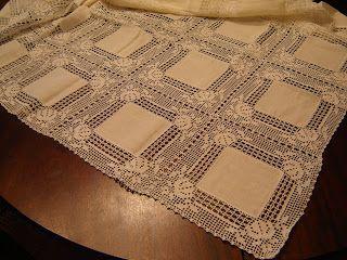 Toalha de mesa com quadrados de linho e renda, linha nº 20.
