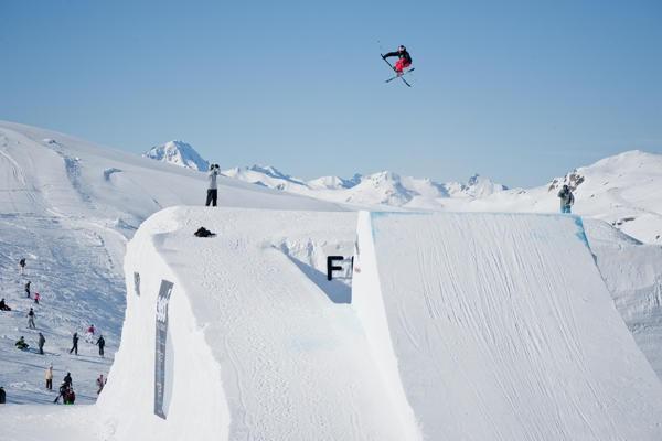 PK Hunder goes huge up in Val Thorens, France for the Frostgun Invitational