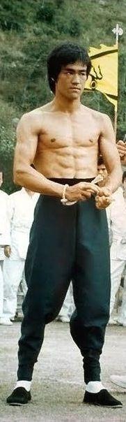 Bruce Lee workout https://payhip.com/b/UPlI  #brucelee #bruceleequotes #kurttasche