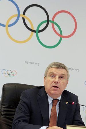 国際オリンピック委員会(IOC)の理事会後、記者会見するバッハ会長=28日、ブラジル・リオデジャネイロ ▼1Mar2015時事通信|追加競技、来年8月に正式決定=東京五輪準備を高評価-IOC理事会 http://www.jiji.com/jc/zc?k=201503/2015030100065