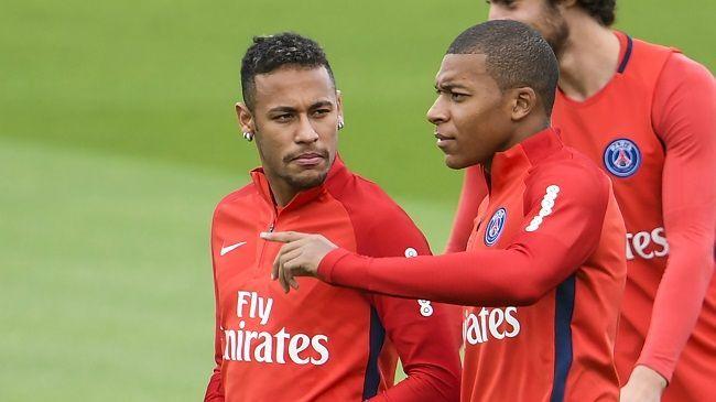 Neymar i Kylian Mbappe Paris Saint-Germain FC #psg #parissaintgermain #neymar #mbappe #football #soccer #sport #sports #pilkanozna #futbol