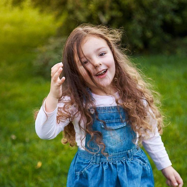 Погода такая что хочется теплых снимков Или может быть кто-то наоборот желает побегать по осенним лужам?  Для записи на съемку пишите в Direct или Viber 097 163 59 60 #minisession_seiryk #seiryk #elenaseiryk #детскийфотограф #семейныйфотограф  #Украина #Измаил #Izmail #Ukraine #одесса #odessa #childandfamilyphotographer #ilovemyjob #lovelyjob #portrait #childhood #happyday #momentofchildhood #familymemories #funny #ilovekids #cutekid #kidsarehappy #littlegirl #autumn #smile