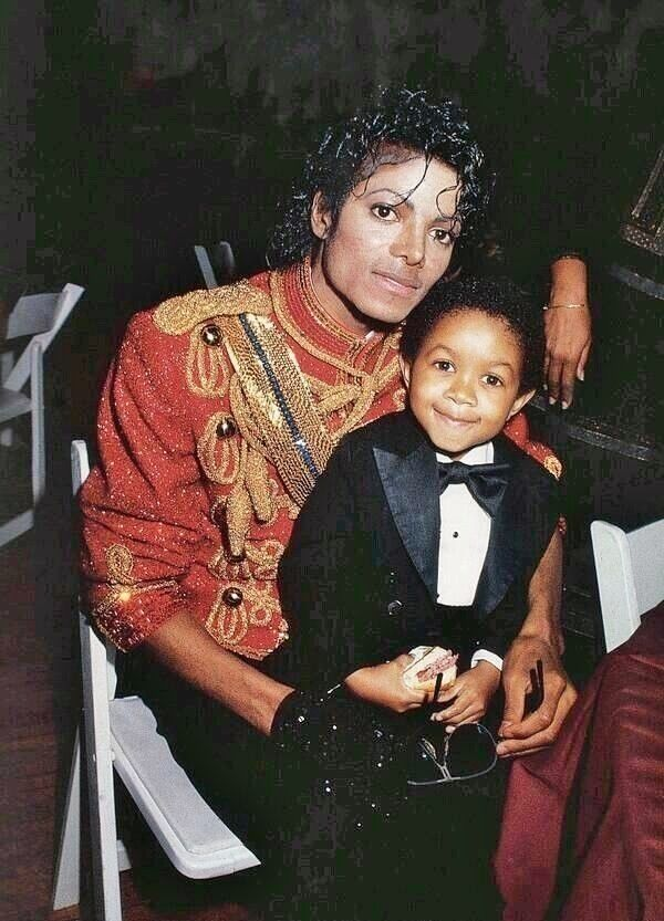 Michael Jackson and Emmanuel Lewis, AMA's 1984