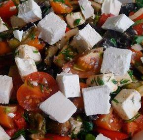 Салат из запеченных баклажанов. Летний оригинальный салат с добавлением сыра фета, непременно понравится всем любителям овощных салатиков. Это блюдо также можно подать на стол в виде закуски к шашлыку из свинины, говядины или баранины.  http://siteculinary.ru/news/2013-06-21-236