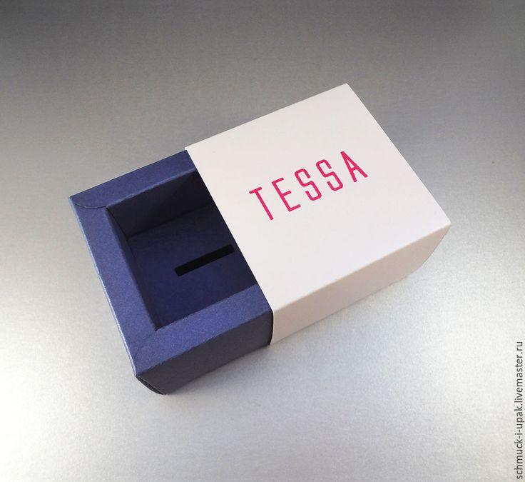 Коробки на заказ малым тиражом! Коробка-пенал с цветной печатью логотипа и дисплеем для крепления кольца :)