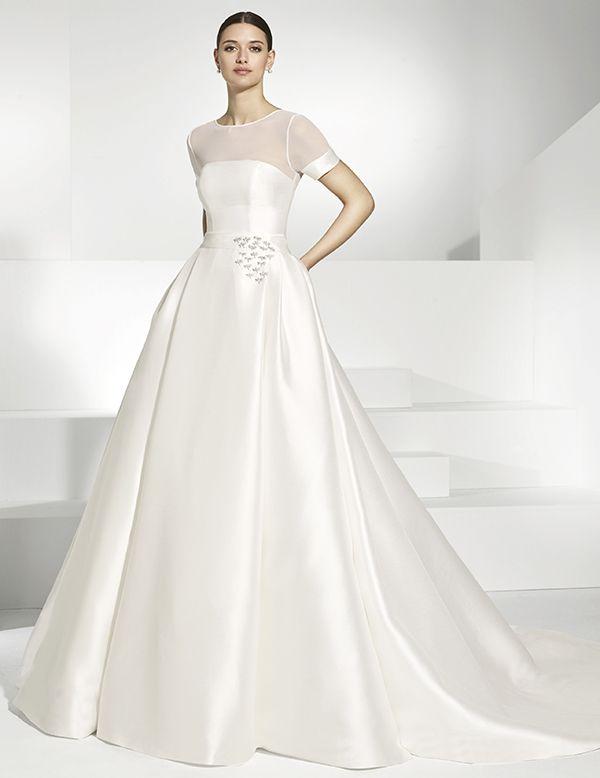 vestidos de novia en piqué natural de vuelo. escote en licra natural