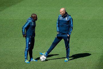 Le comorien Hamidou Msaidié est l'entraineur adjoint de Zinedine Zidane, au Real Madrid. Il est précisément le second adjoint de Zizou sur le banc de la Maison blanche madrilène. Hamidou Msaidié est connu dans le