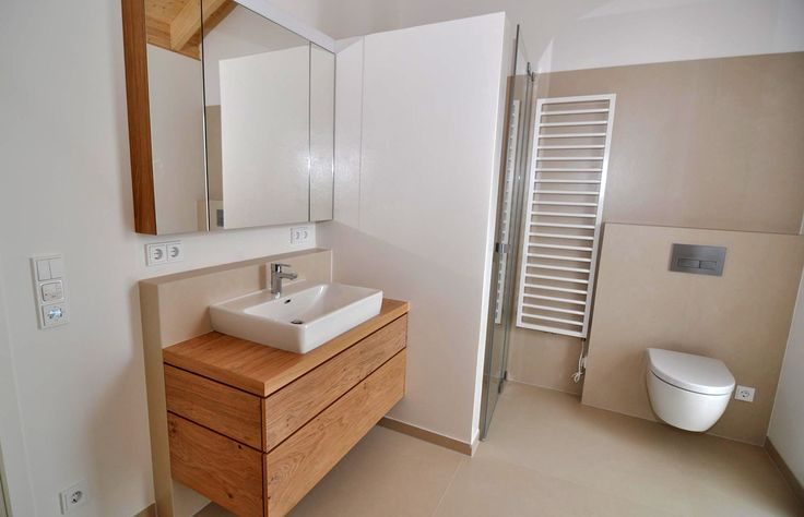 ber ideen zu eiche bad auf pinterest k chenschr nke moderne badezimmer und badezimmer. Black Bedroom Furniture Sets. Home Design Ideas