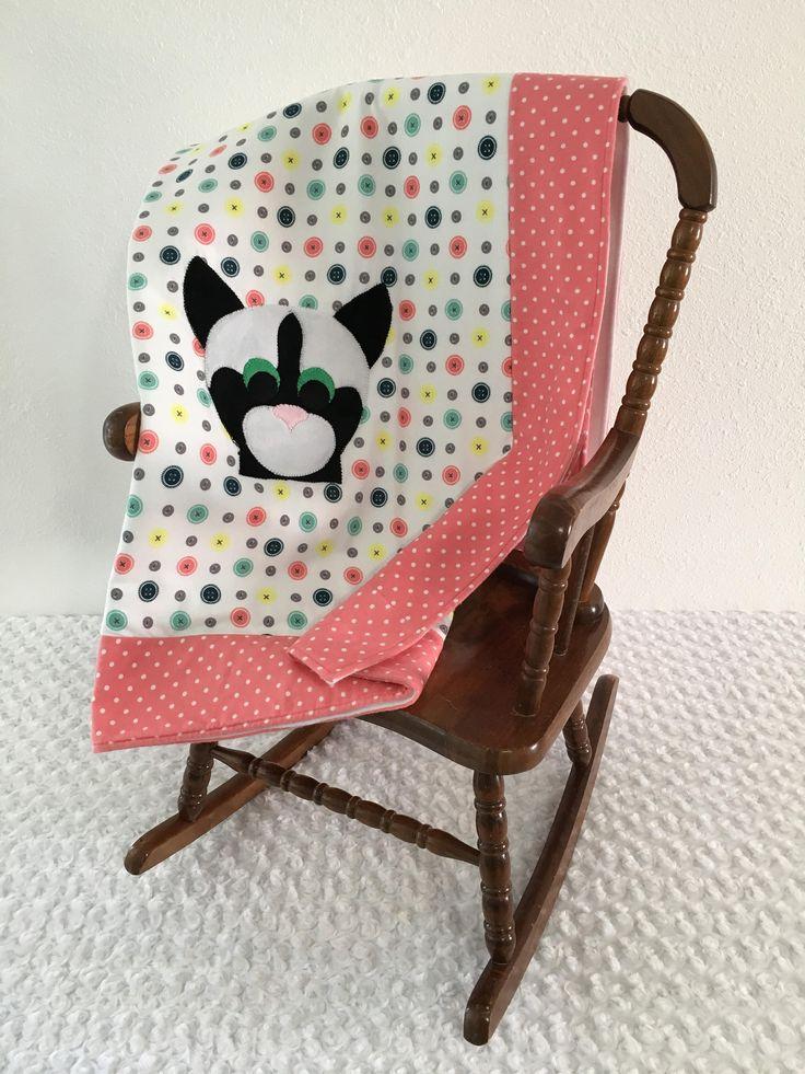 Small Polka Dot Cat Applique Quilt