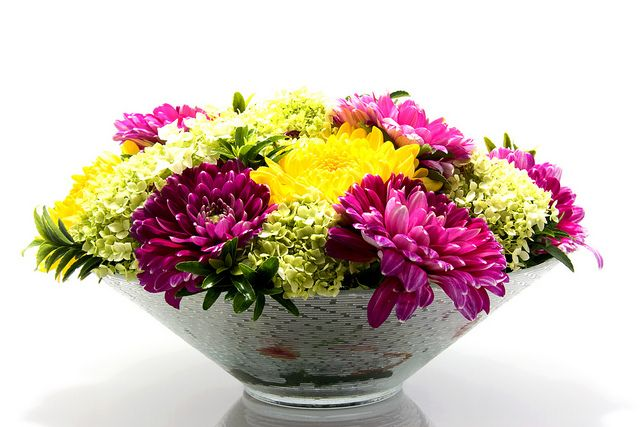 This is a crysanthemum wedding centerpiece of wholesale wedding flowers. Bunches Direct creates affordable wedding arrangements that are shipped directly to your door. To view more wedding centerpiece ideas visit www.bunchesdirect.com.   http://www.weddingflowersofamerica.com/