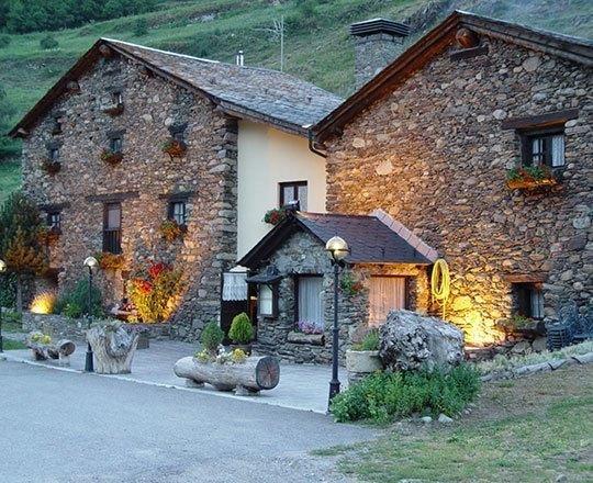 Restaurantes en Andorra - Apartamentos 3000 #Andorra = buena #cocina. Si todavía no lo sabías te contamos nosotros en este artículo. Descubre algunos de los mejores  #restaurantes en #Andorra.