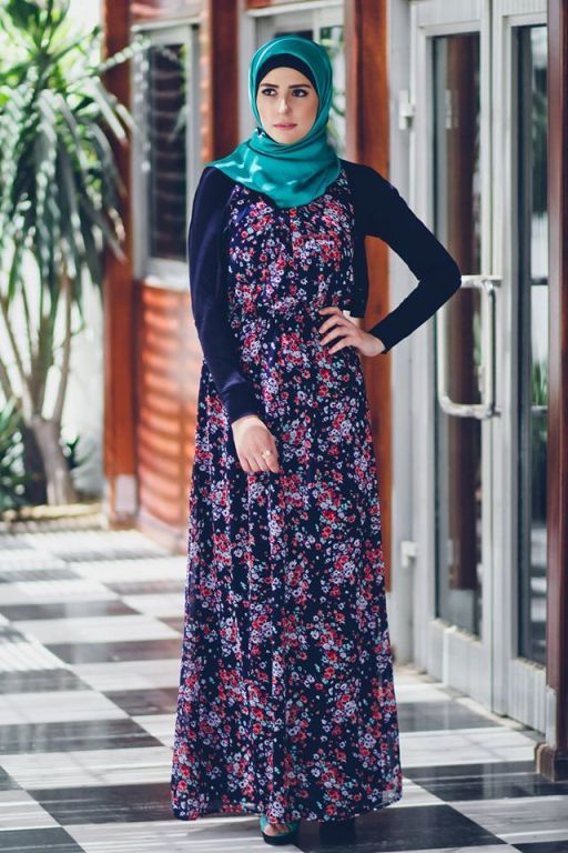 stylish chiffon maxi dresses Delicate hijab designs for women http://www.justtrendygirls.com/delicate-hijab-designs-for-women/