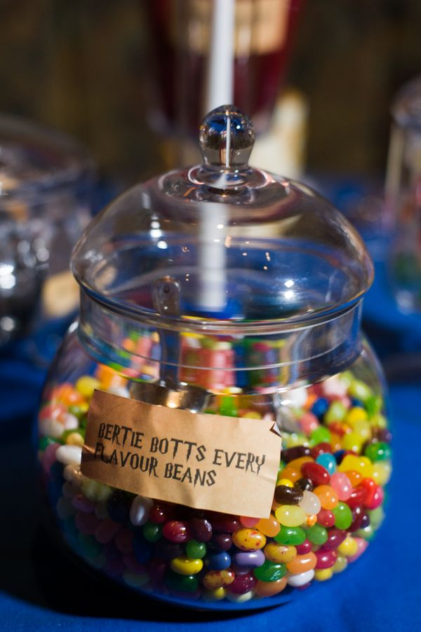Harry Potter themed wedding (so well done!) BertieBottsEveryFlavourBeans for our harry potter table challenge?: