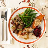 Grocery List for the Easiest Thanksgiving Dinner (via Parents.com)