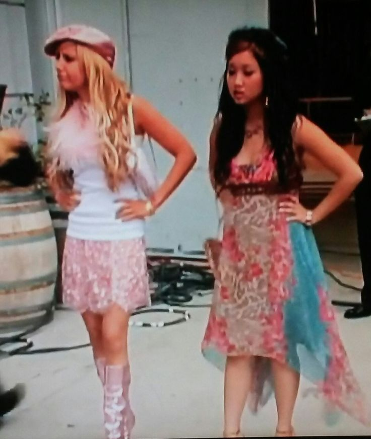 226 Best 2004 Fashion Images On Pinterest Hilary Duff