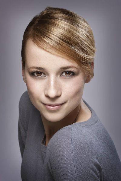 Karine Vanasse.