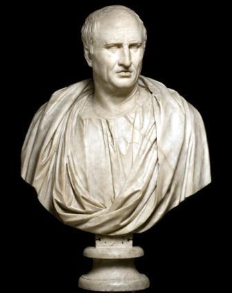 Jurista, político, filósofo, escritor y orador romano, Cicerón fue firme defensor de la República y por tanto opositor al Segundo Triunvirato de Octavio, Lépido y Marco Antonio, quien, tal día como hoy, el 43 a.C., ordenó su muerte, degollado