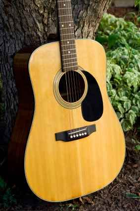 Acoustic guitars are very common in the music industry. They are used in a variety of genres. These genres range from rock to jazz.