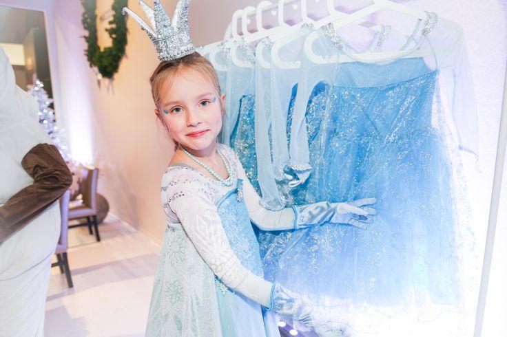 Een droom van ieder meisje, verkleed als een echte prinses! http://www.mygreatestparty.com/cat/c1/partys/disney