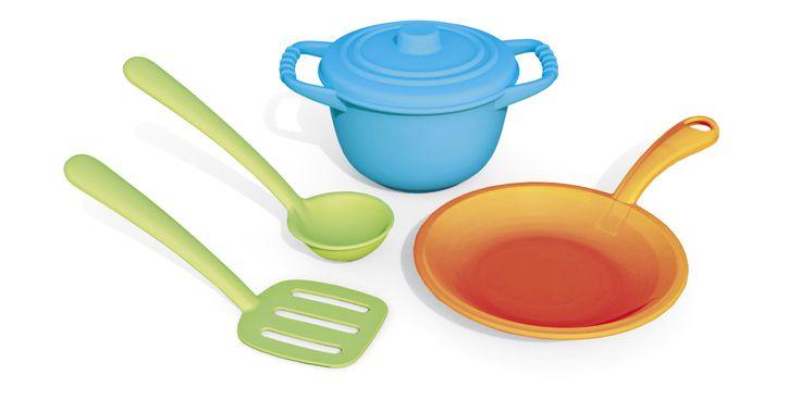 http://www.borgione.it/Stoviglie/Stoviglie-e-utensili-per-cucina/Set-dello-chef-in-plastica-riciclata/ca_27191.html