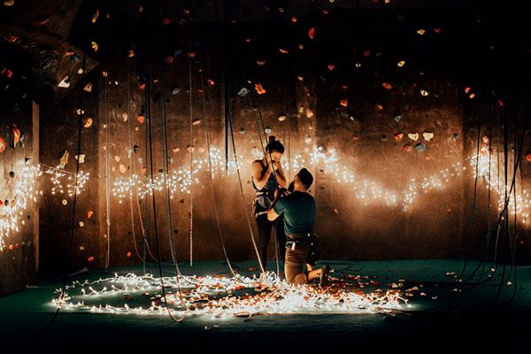 If you're wanting to WOW your partner when you pop the question, look no further! These ideas will help you plan the perfect proposal. The post The Most Ways To Propose appeared first on Modern Wedding. Romantic Ways To Propose, Romantic Proposal, Proposal Photos, Perfect Proposal, Surprise Proposal, Proposal Ideas, Love Proposal, Surprise Engagement, Wedding Proposals